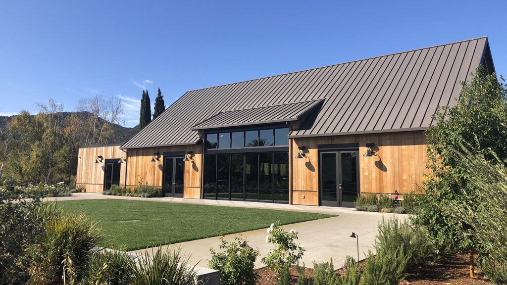 Hot Tin Roof – Cool Interior